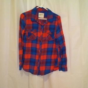 Arizona plaid button down shirt